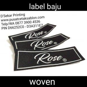 cetak-label-baju-merk-satin-tafeta-woven-damask-dsekar-printing-081904271640-sablon-pita-cetak-label-pakaian-seragam-kaos-kemeja-bandung-bekasi-semarang-makassar (4)