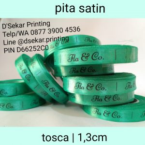 cetak-label-baju-merk-satin-tafeta-woven-damask-dsekar-printing-081904271640-sablon-pita-cetak-label-pakaian-seragam-kaos-kemeja-bandung-bekasi-semarang-makassar (6)