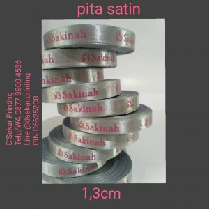 cetak-label-baju-merk-satin-tafeta-woven-damask-dsekar-printing-081904271640-sablon-pita-cetak-label-pakaian-seragam-kaos-kemeja-jogja-jakarta-bogor-surabaya (17)