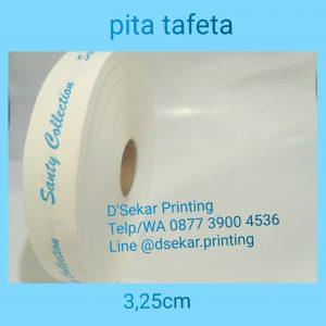 cetak-label-baju-merk-satin-tafeta-woven-damask-dsekar-printing-081904271640-sablon-pita-cetak-label-pakaian-seragam-kaos-kemeja-jogja-jakarta-bogor-surabaya (23)