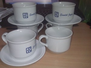 jasa-sablon-tea-set-murah