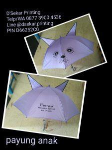 payung-promosi-souvenir-payung-payung-lipat-payung-golf-cetak-payung-dsekar-printing-sablon-payung-081904271640-payung-perusahaan-payung-terbalik-payung-kazbrella