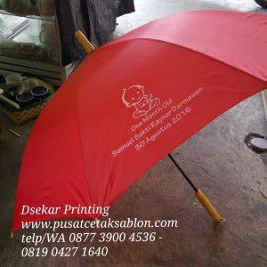 payung-promosi-souvenir-payung-payung-lipat-payung-golf-cetak-payung-dsekar-printing-sablon-payung-081904271640-payung-perusahaan-payung-terbalik-payung-kazbrella (54)
