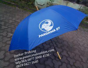 payung-promosi-souvenir-payung-payung-lipat-payung-golf-cetak-payung-dsekar-printing-sablon-payung-081904271640-payung-perusahaan-payung-terbalik-payung-kazbrella (58)