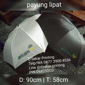 payung-promosi-souvenir-payung-payung-lipat-payung-golf-cetak-payung-dsekar-printing-sablon-payung-081904271640-payung-perusahaan-payung-terbalik-payung-kazbrella (7)